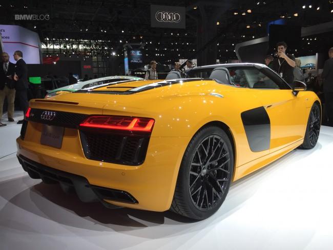 2016-Audi-R8-Spyder-2