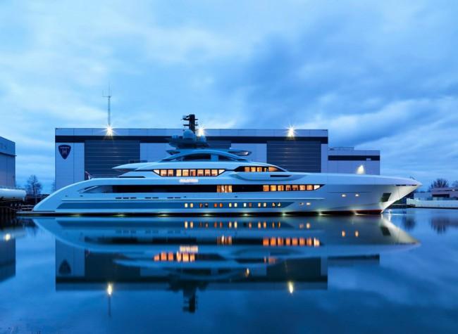 Heesen-Yachts-Galactica-SuperNova-2016-yacht
