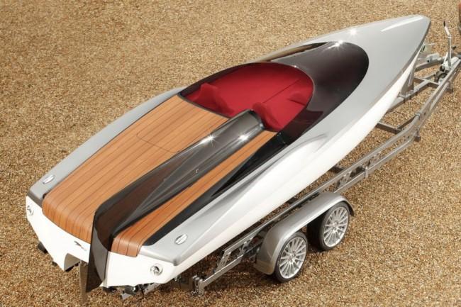 jaguar-speedboat-concept-7-1024x682