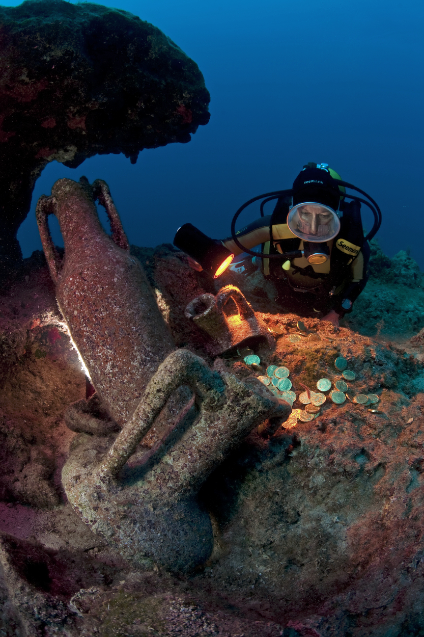 Scuba diver observing old Italian amphorae dating from the 2nd century BC with gold coins on the ocean floor, Kas, Lycia, Turkey, Mediterranean, Image: 148174907, License: Rights-managed, Restrictions: , Model Release: no, Credit line: Profimedia, imageBROKER