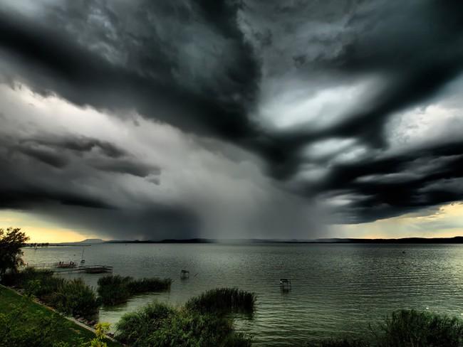 viharos Balaton
