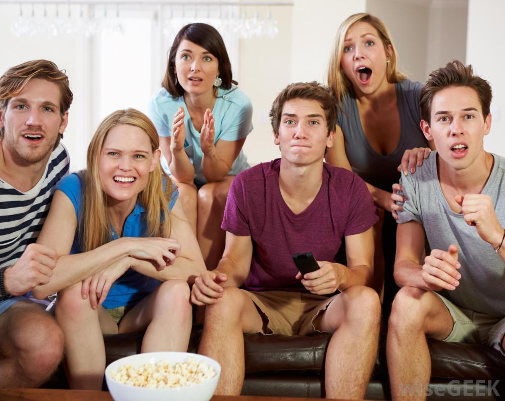 people-watching-tv