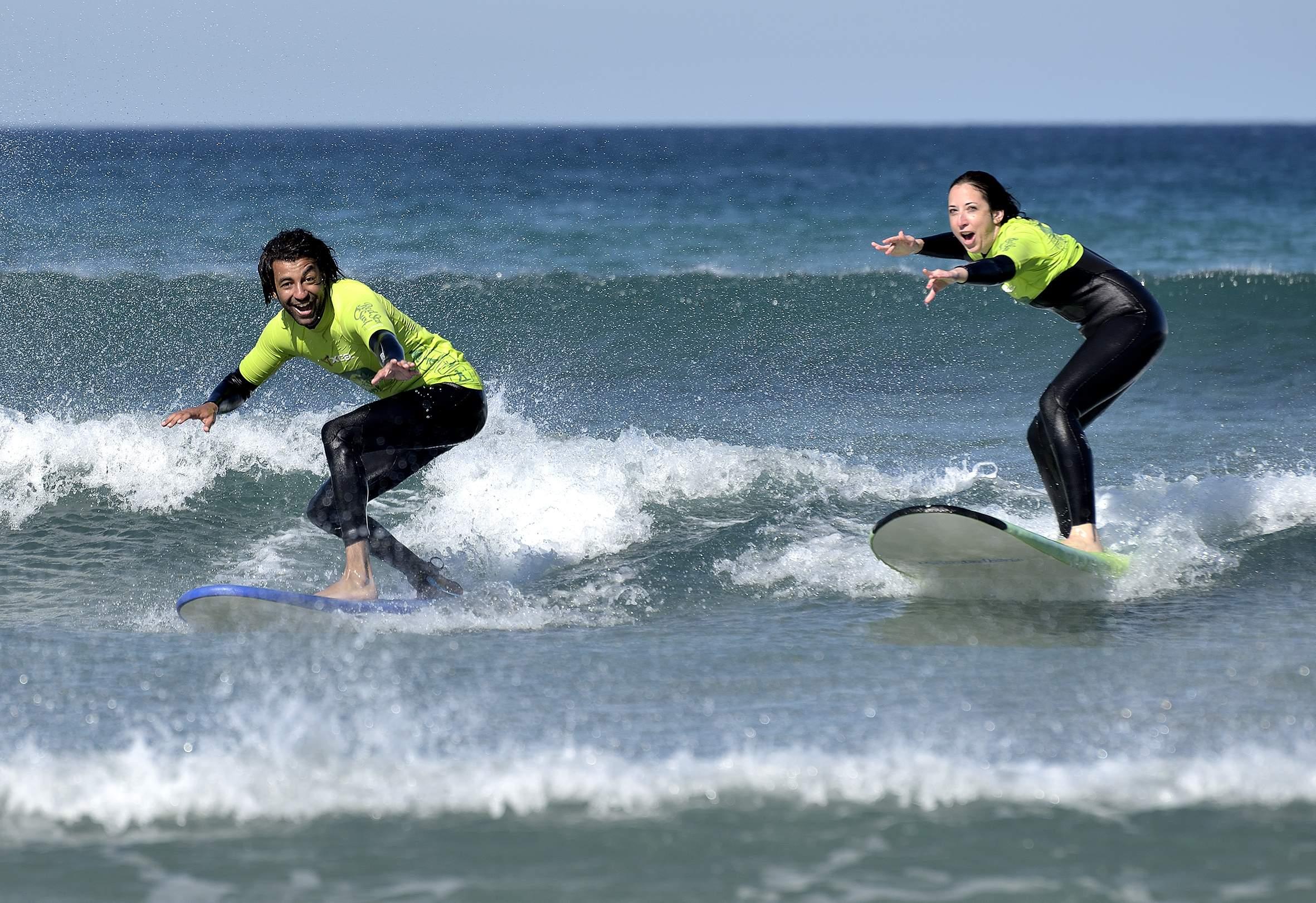 surf-lesson-beginner-beach-4