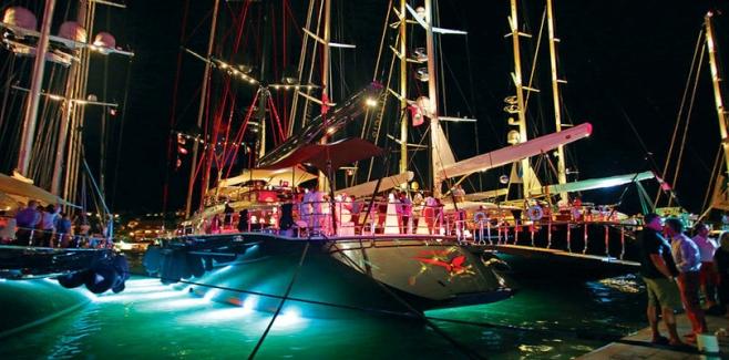nineCaribbeanpartyplaces_04_StBarth_sailingmagazinenet_658