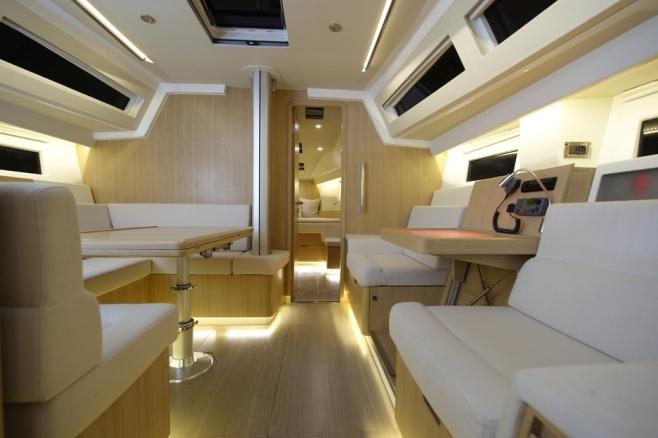 Azuree46_03_yachtde_658