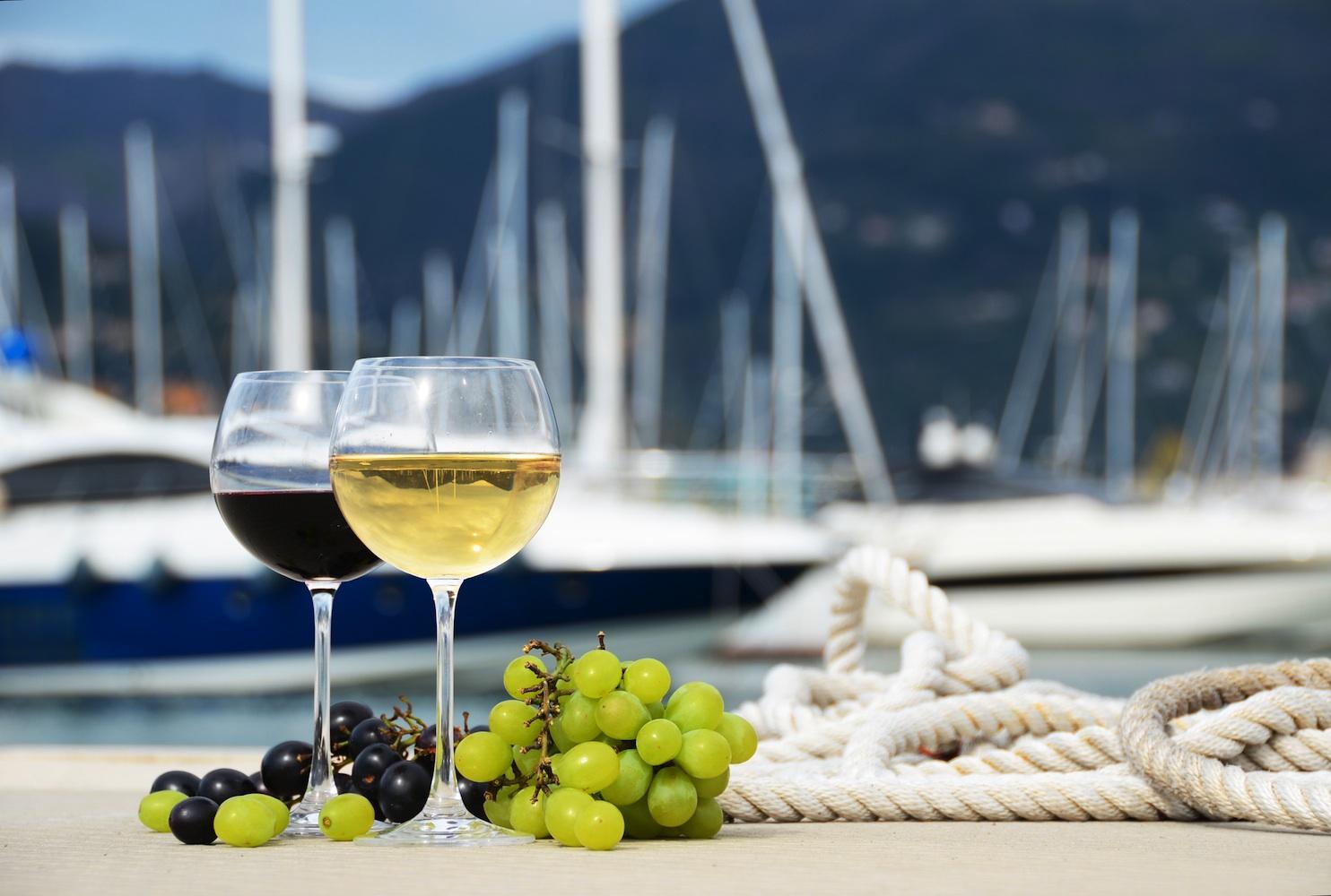 yacht-charter-Italy-wine-1