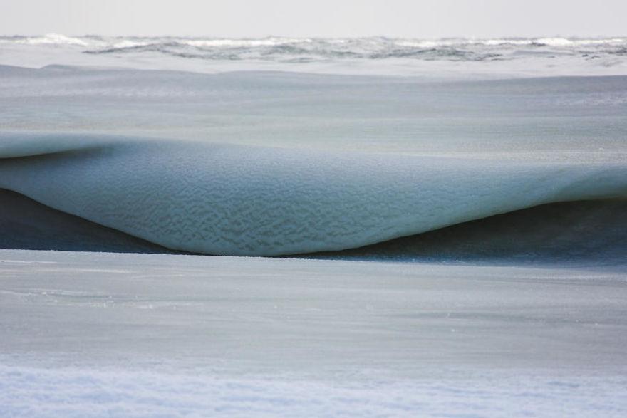 Slurpee-Waves-589823ccc6a7b__880